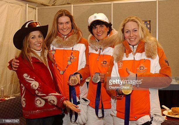 Sheryl Crow with women's luge German medalists lr Silke Kraushaar Barbara Niedernhuber Sylke Otto