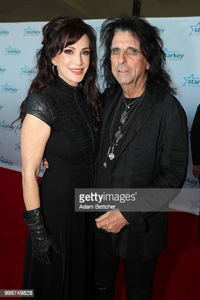 Sheryl Goddard And Alice Cooper Walk The Red Carpet At The