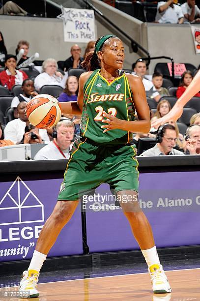Sheryl Swoopes of the Seattle Storm surveys the floor against the San Antonio Silver Stars during the WNBA game on June 13 2008 at the ATT Center in...