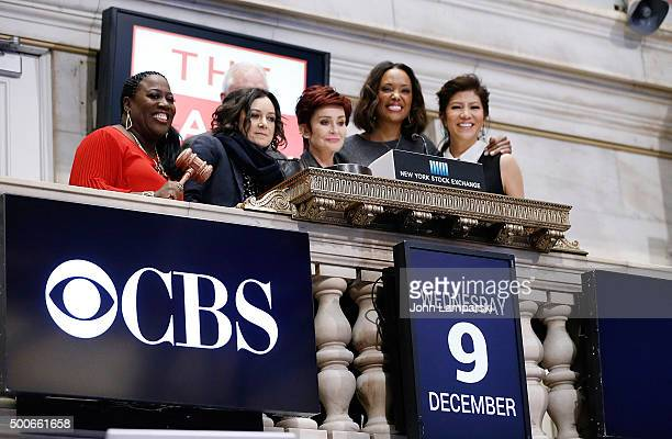 Sheryl Underwood Sara Gilbert Sharon Osbourne Aisha Tyler and Julie Chen of CBS' The Talk ring the closing bell at the New York Stock Exchange on...