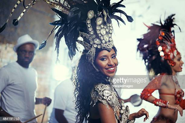 Sie ist eine brasilianische Schönheit