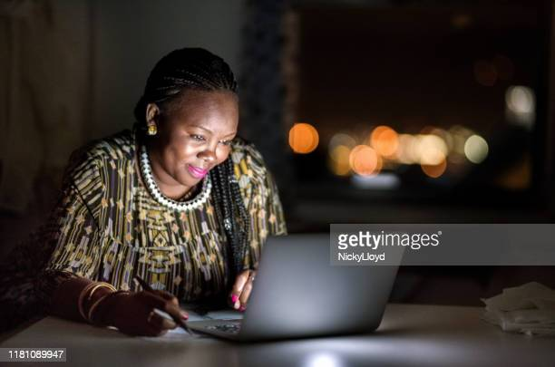 she's a very diligent worker - south africa stock pictures, royalty-free photos & images