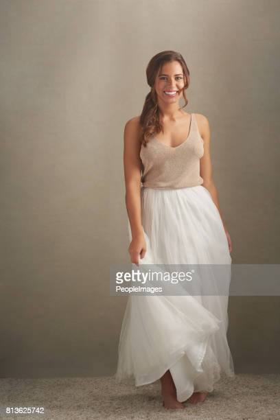 she's a whole lot of lovely - tulle netting stock pictures, royalty-free photos & images
