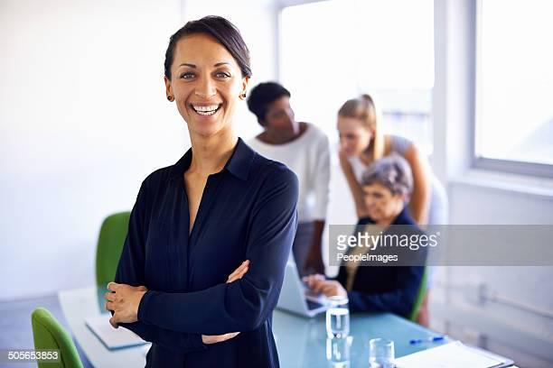 女性のリーダーが、素晴らしいチーム