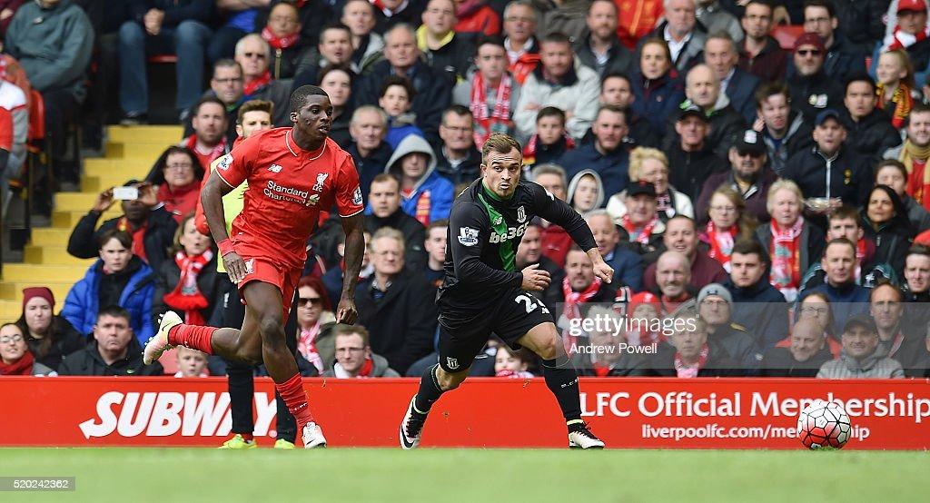 Liverpool v Stoke City - Premier League : News Photo