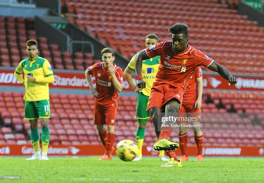 Sheyi Ojo of Liverpool scores from the penalty spot during the U21 Premier League match between Liverpool and Norwich City at Anfield on May 11, 2015 in Liverpool, England.