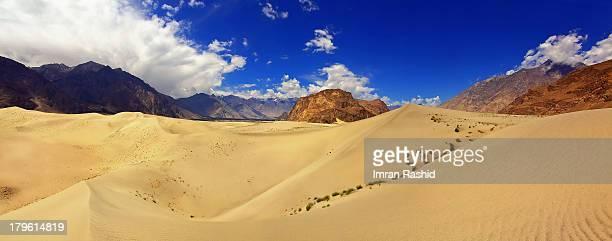 shigar desert, skardu - skardu stock pictures, royalty-free photos & images