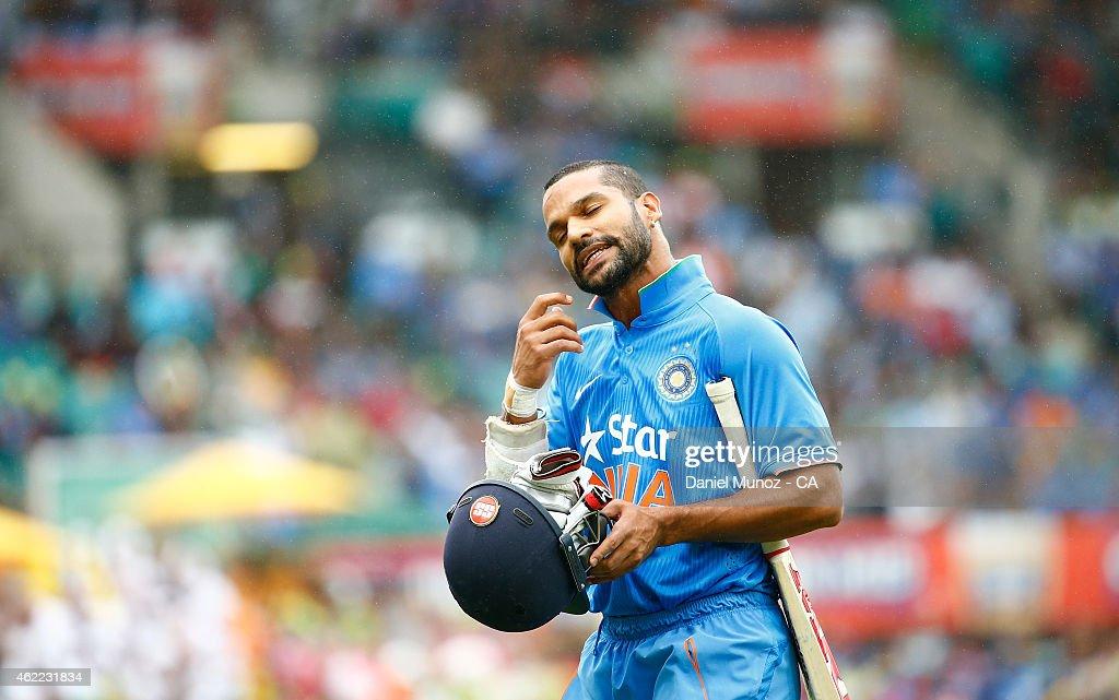 Australia v India: Carlton Mid ODI Tri Series - Game 5 : News Photo