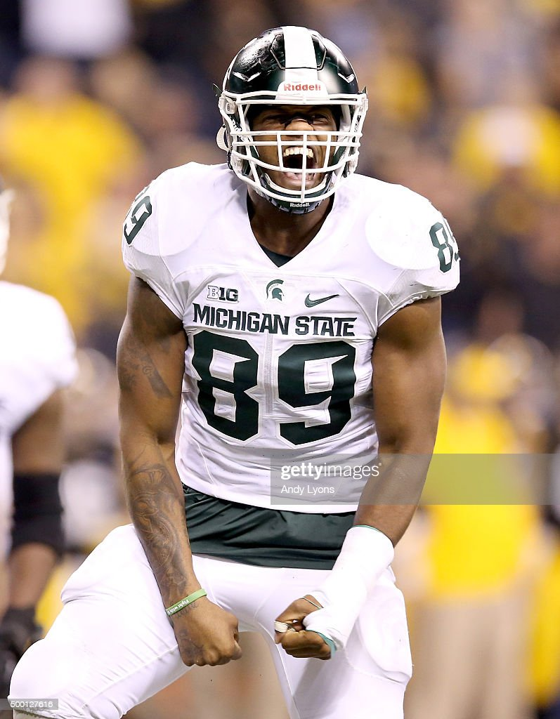Shilique Calhoun #89 of the Michigan State Spartans celebreates after making a play against the Iowa Hawkeyes in the Big Ten Championship at Lucas Oil Stadium on December 5, 2015 in Indianapolis, Indiana.