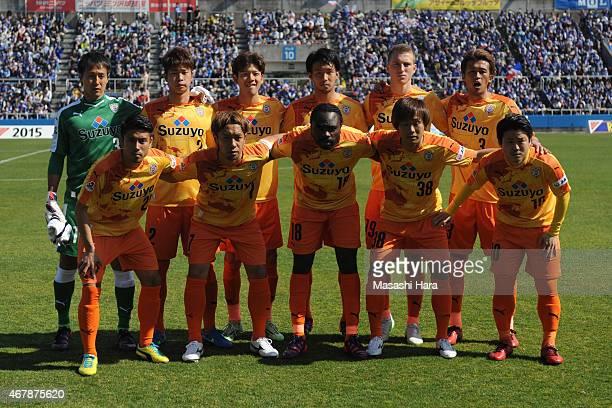 Shimizu SPulse players pose for photograph prior to the JLeague Yamazaki Nabisco Cup match between Yokohama FMarinos and Shimizu SPulse at Nippatsu...