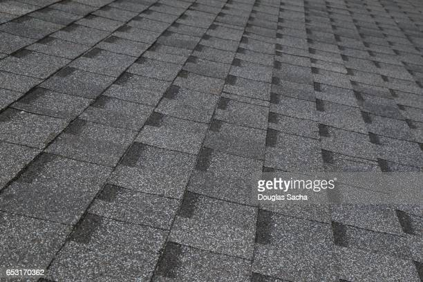 shingles on a building roof - herpes zoster foto e immagini stock
