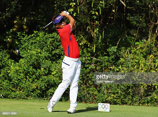 Shingo Katayama of Japan hits a tee shot on the 11th hole during the third round of the golf on Day 8 of the Rio 2016 Olympic Games at the Olympic...