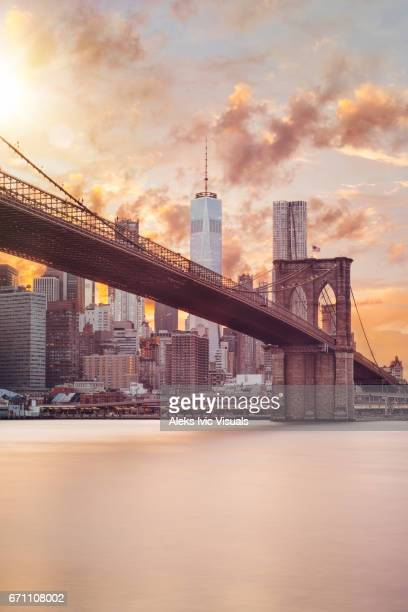 shining over you - brooklyn bridge stock pictures, royalty-free photos & images