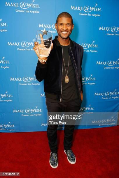 Shining Star award recipient Usher Raymond IV at the 2017 Make a Wish Gala on November 9 2017 in Los Angeles California