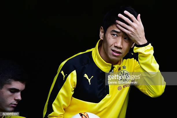 Shinji Kagawa of Borussia Dortmund warms up prior to kickoff during the Bundesliga match between Borussia Dortmund and Hannover 96 at Signal Iduna...