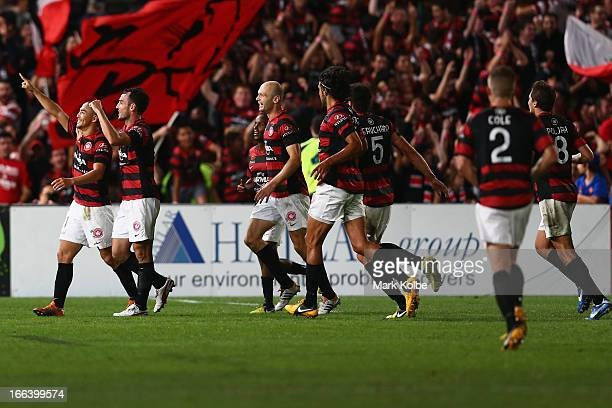 Shinji Ono of the Wanderers celebrates with his team after scoring a goal during the ALeague Semi Final match between the Western Sydney Wanderers...