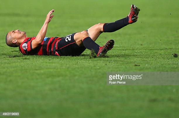 Shinji Ono of the Wanderers looks dejected after slipping over during the AFC Asian Champions League match between the Western Sydney Wanderers and...