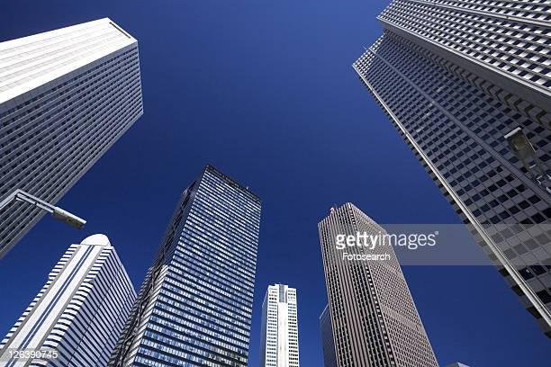 shinjuku high-rise buildings - kanto region - fotografias e filmes do acervo