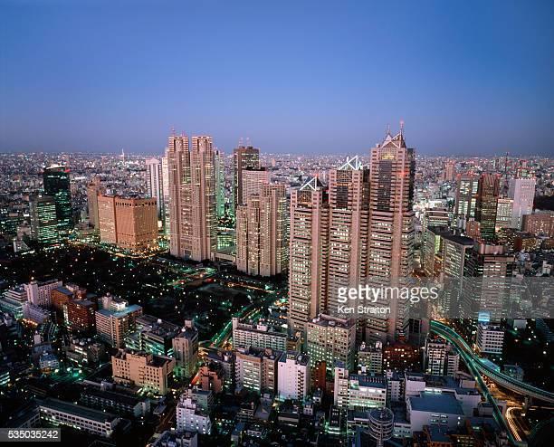 shinjuku - 東京都庁舎 ストックフォトと画像