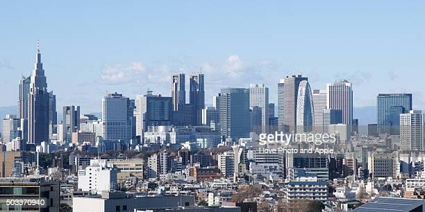 shinjuku skyscrapers - nishi shinjuku stock-fotos und bilder