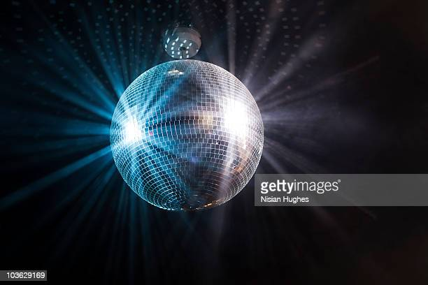 shinning disco ball - mirror ball stock pictures, royalty-free photos & images