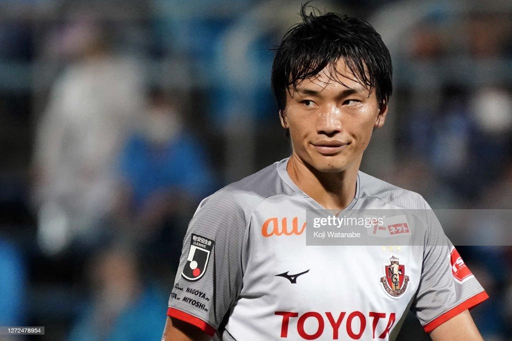 Yokohama FC v Nagoya Grampus - J.League Meiji Yasuda J1 : ニュース写真