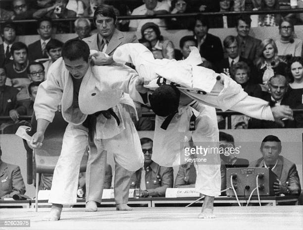 Shinobu Sekine of Japan takes on Oh Seunglip of South Korea in the middleweight judo event at the Munich Olympics 4th September 1972 Oh won the...