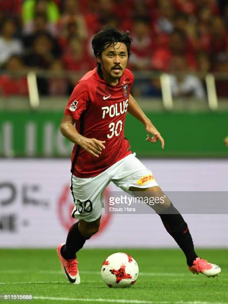 Shinzo Koroki of Urawa Red Diamonds in action during the JLeague J1 match between Urawa Red Diamonds and Albirex Niigata at Saitama Stadium on July 9...
