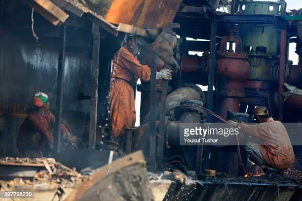 SITAKUNDO CHITTAGONG BANGLADESH Ship breaking labors working at Sitakundo ship breaking yard The ship breaking industry at Sitakundo started its...