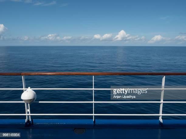 ship deck - geländer stock-fotos und bilder