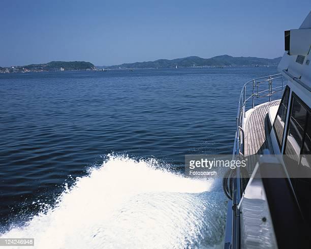 ship in the sea, shonan, kanagawa prefecture, japan, high angle view, pan focus - kanto region - fotografias e filmes do acervo