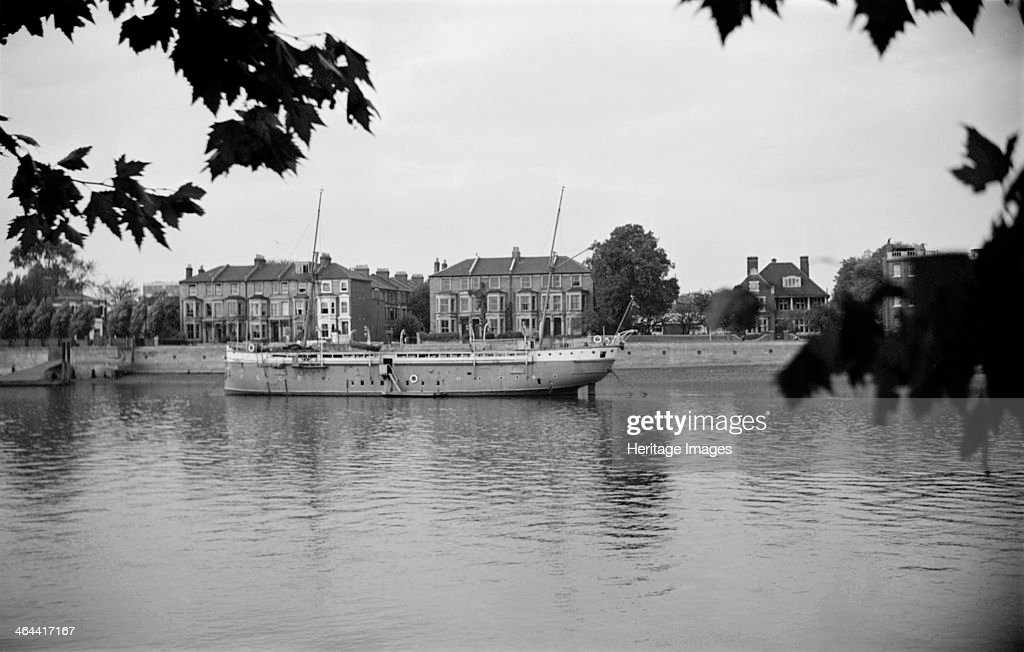 Ship moored on the Thames at Hammersmith, London, c1945-1965. Artist: SW Rawlings : News Photo