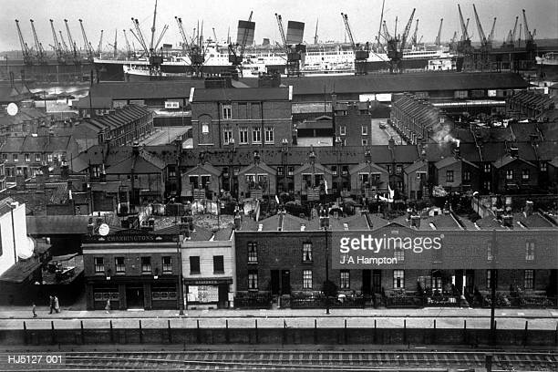 ship skyline - 1939 stock-fotos und bilder