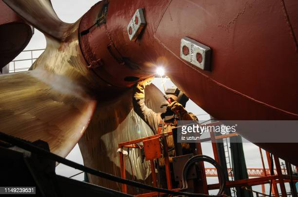 ship welding - shipyard stock pictures, royalty-free photos & images
