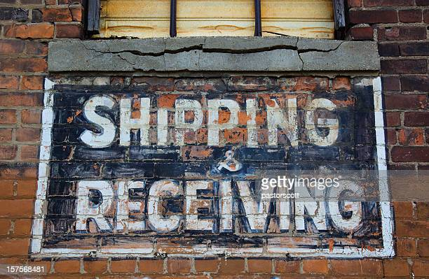 shipping and receving sign - 1900 stock pictures, royalty-free photos & images