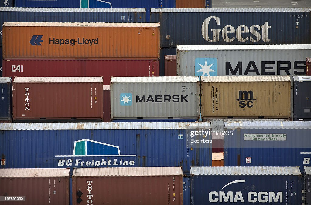 Scotland's Grangemouth Container Port : News Photo