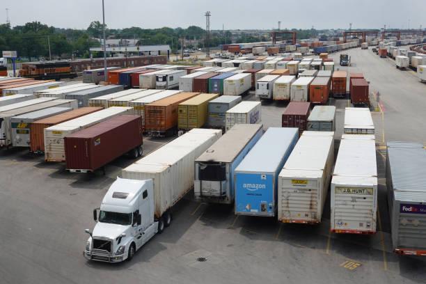 IL: Global Supply Chain Bottlenecks Causing Traffic Buildups At Rail Yards