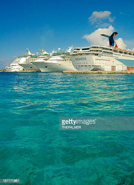 Ships anchored at Nassau Cruise Port