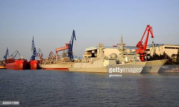 Bateaux amarrés au Port de Shanghai, sur la rivière Huangpu, Chine