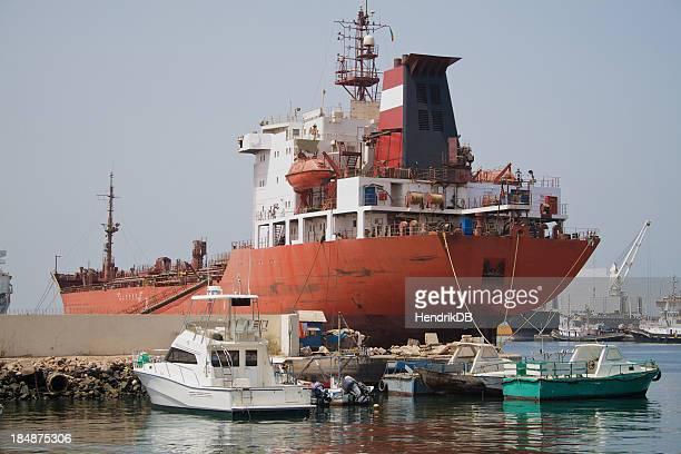ships - dakar senegal stockfoto's en -beelden