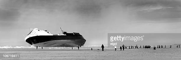 shipwreck, north shore, blackpool beach, lancashire, england - blackpool beach stock pictures, royalty-free photos & images