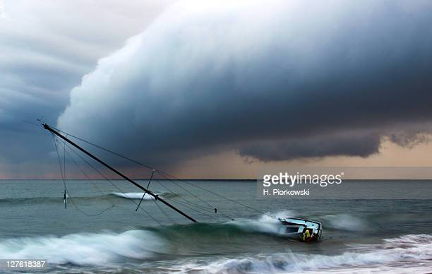 shipwreck - delray beach stock pictures, royalty-free photos & images