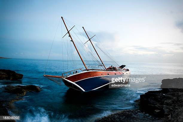 shipwreck - sinking stock pictures, royalty-free photos & images