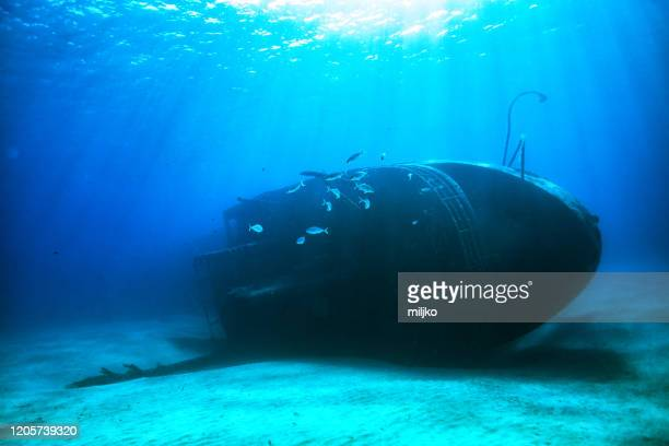 shipwreck underwater photo - sunken stock pictures, royalty-free photos & images