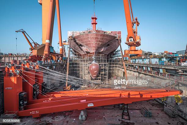 shipyard - shipyard stock pictures, royalty-free photos & images