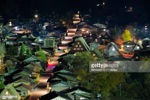shirakawa-go in autumn night - miyamoto y ストックフォトと画像