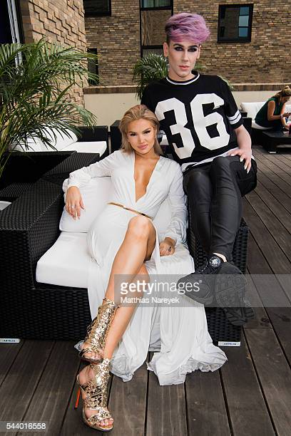 Shirin David and Marvyn Macnificent during the 'LECK MICH AM HASHTAG' Brunch on June 30 2016 in Berlin Germany