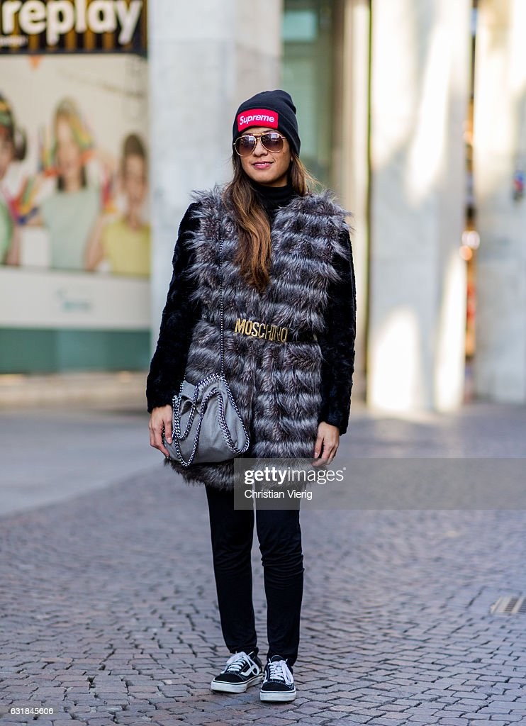 Street Style: January 16 - Milan Men's Fashion Week Fall/Winter 2017/18 : News Photo