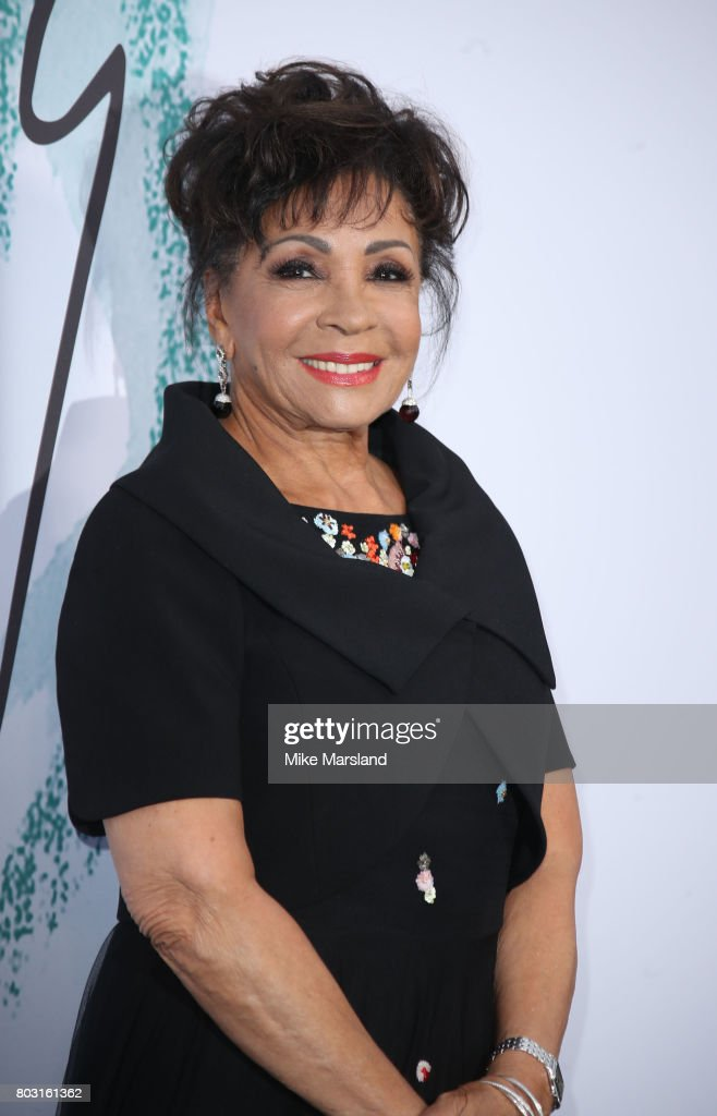 Shirley Bassey attends The Serpentine Galleries Summer Party at The Serpentine Gallery on June 28, 2017 in London, England.