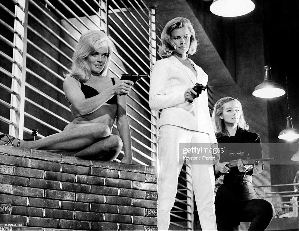 Tania Mallet: Shirley Eaton, Honor Blackman And Tania Mallet De